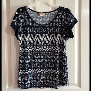 Cute women's summer blouse size small